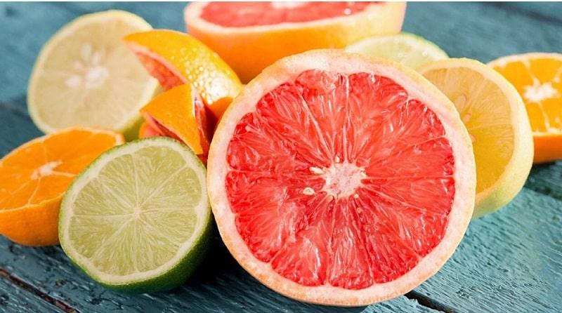 Những loại đồ ăn có nhiều axit sử dụng cũng gây ê buốt chân răng