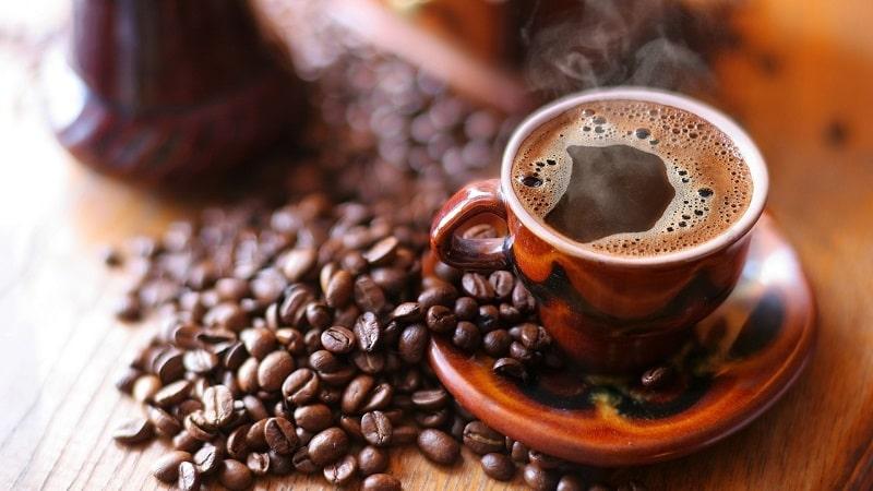 Thường xuyên uống cà phê cũng gây mùi