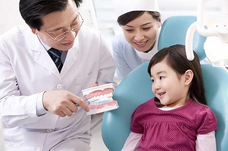 Đưa trẻ đến bệnh viện là phương pháp an toàn và hiệu quả nhất