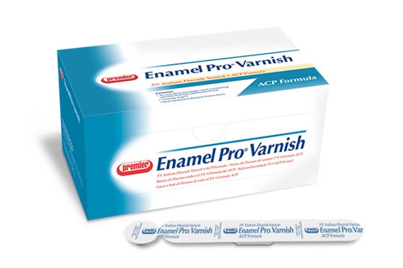 Thuốc đặc trị bệnh sún răng Enamel Pro Varnish nên thực hiện bởi người lớn giúp trẻ sún răng