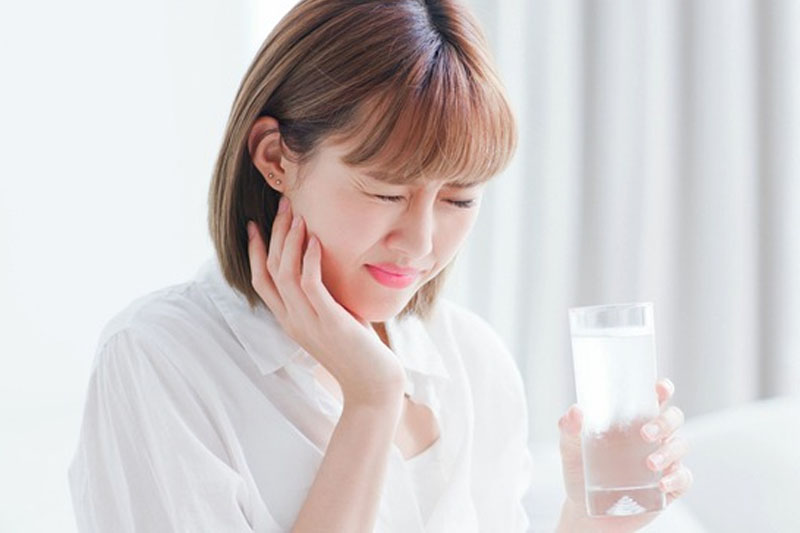 Bị ê răng khi lấy cao răng có đáng lo ngại?