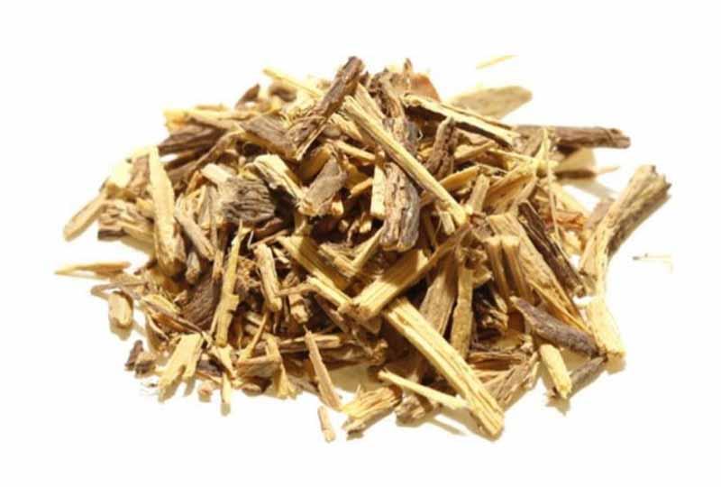 Cam thảo là một vị thuốc có tính mát, vị ngọt