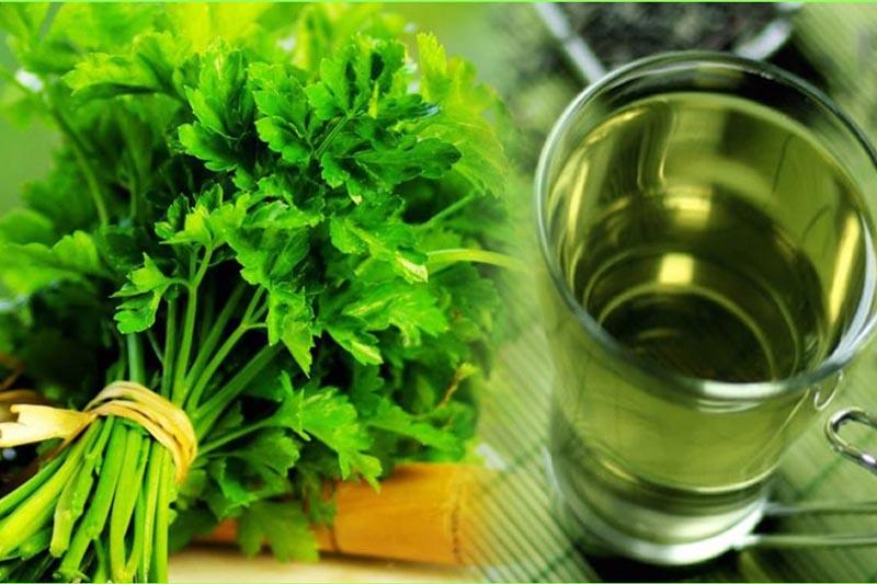 Rau mùi tây cũng thường được dùng cho bệnh nhân hôi miệng