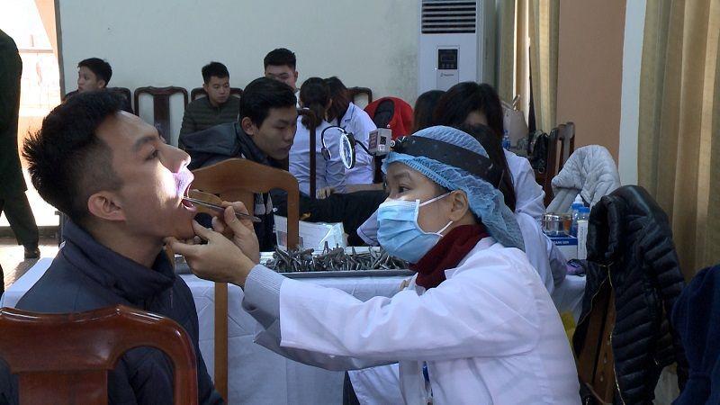 Sún răng đi nghĩa vụ quân sự được không sẽ được Hội đồng khám sức khỏe đưa ra kết luận sau quá trình thăm khám cụ thể