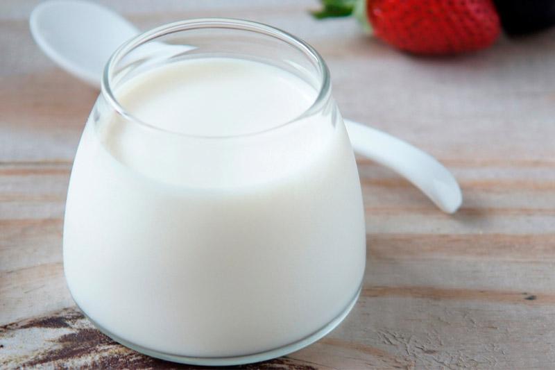 Sữa chua không đường tốt cho việc phòng ngừa nấm miệng
