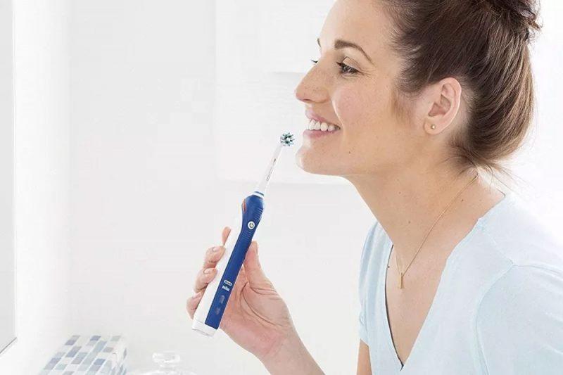 Sâu khe răng nhẹ có thể điều trị được bằng biện pháp chăm sóc răng miệng chuyên sâu