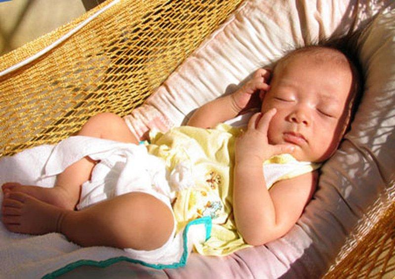 Bổ sung vitamin D là điều rất cần thiết với trẻ ở trong độ tuổi này