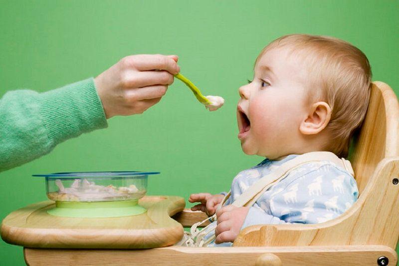 Trẻ chậm mọc răng nên ăn gì là thắc mắc của nhiều bậc cha mẹ