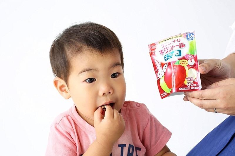 Kẹo chống sâu răng là các sản phẩm hiệu quả giúp trẻ giảm thiểu nguy cơ mắc các bệnh lý nha khoa