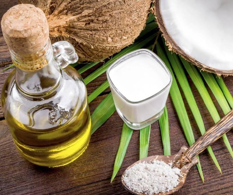 Nên dùng dầu dừa nguyên chất để thu được hiệu quả cao hơn