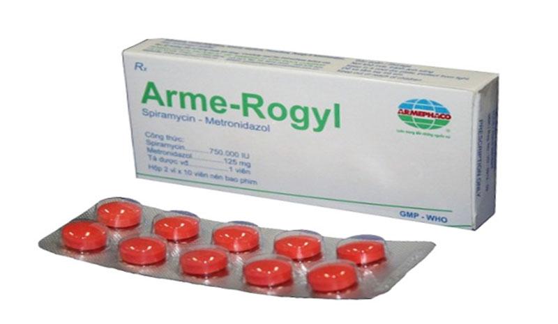 Arme Rogyl là thuốc kháng sinh được dùng phối hợp cùng với Spiramycin