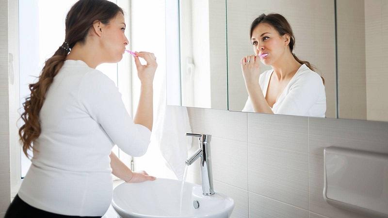Lưu ý giúp phòng ngừa tình trạng mẹ bầu bị đau răng