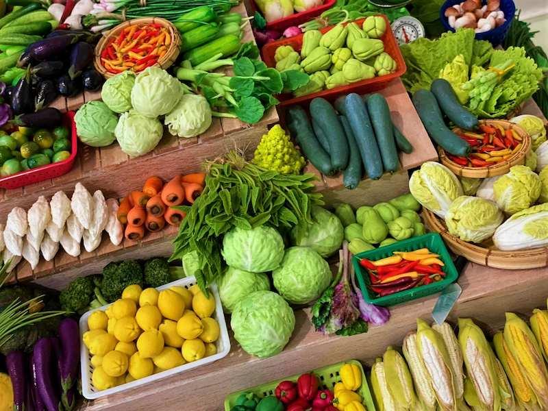 Ăn nhiều rau củ hàng ngày giúp cung cấp dưỡng chất cho răng khỏe mạnh hơn