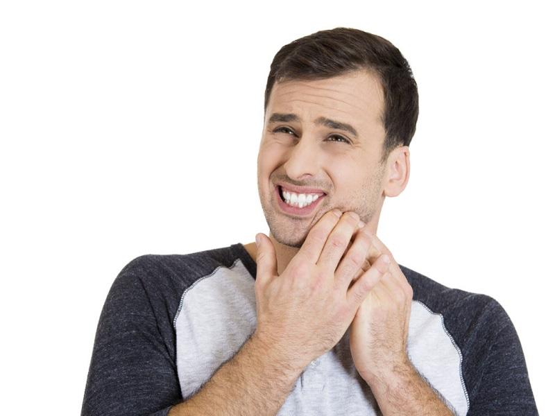 Triệu chứng đau răng khôn do bệnh lý