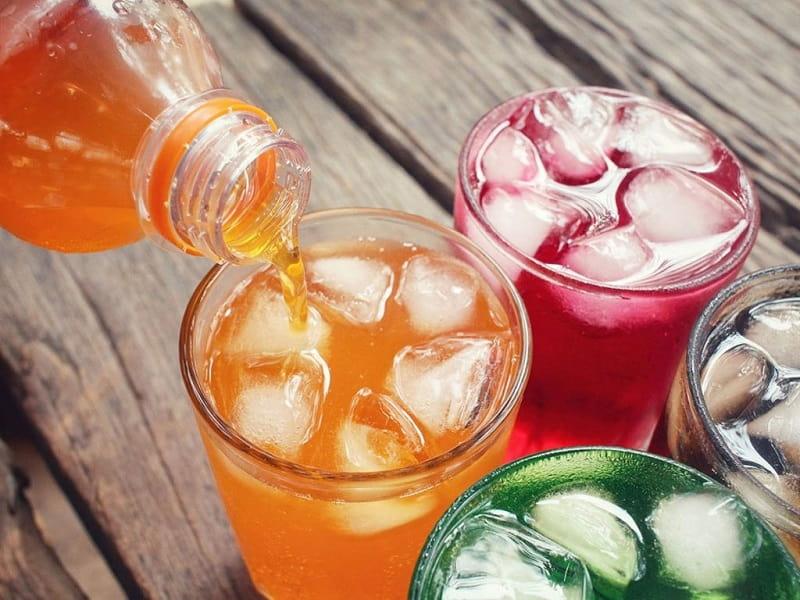Nên tránh các đồ uống lạnh