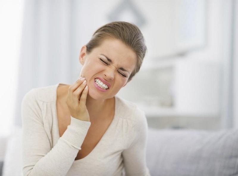 Đau răng nổi hạch là dấu hiệu bất thường có khả năng cảnh báo các bệnh lý răng miệng