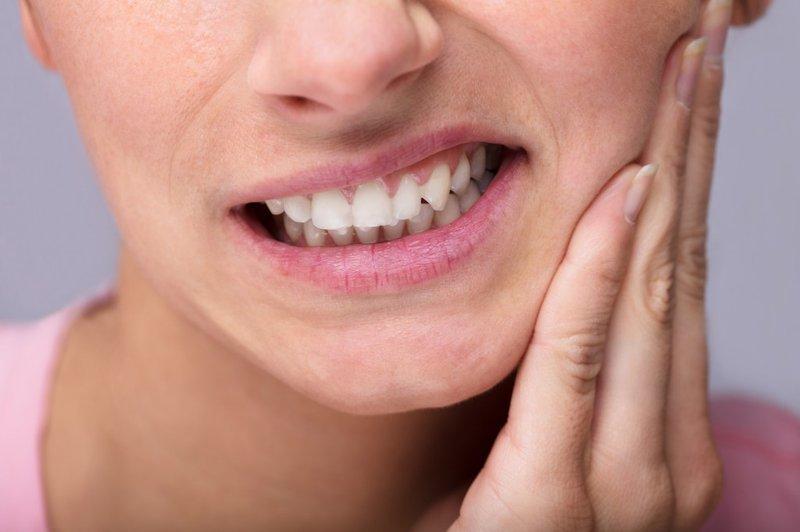 Lựa chọn sản phẩm trị đau răng phù hợp với cơ địa của bản thân