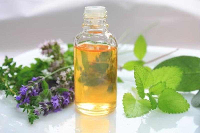 Thành phần menthol giúp giảm viêm, khử mùi hôi trong khoang miệng hiệu quả